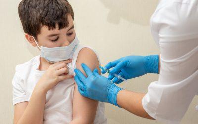Administración de vacunas contra COVID-19 en pacientes que se vacunan contra la alergia